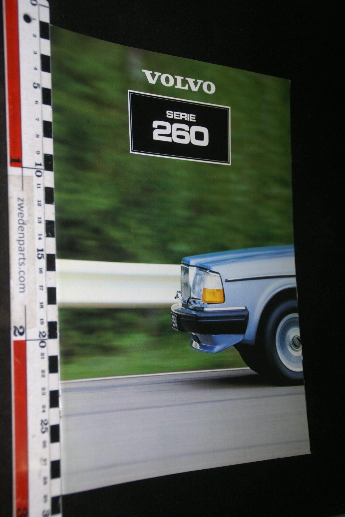 DSC06767 1981 originele brochure Volvo serie 260  met 262C nr. ASPPV 8563-07f3aa09