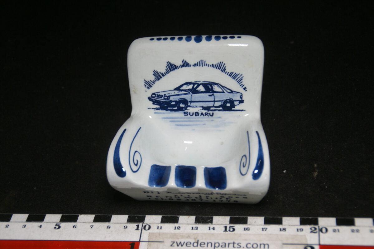 DSC06783 70 er jaren ceramische auto asbak Subaru Rijnders Renswoude-6963b31e