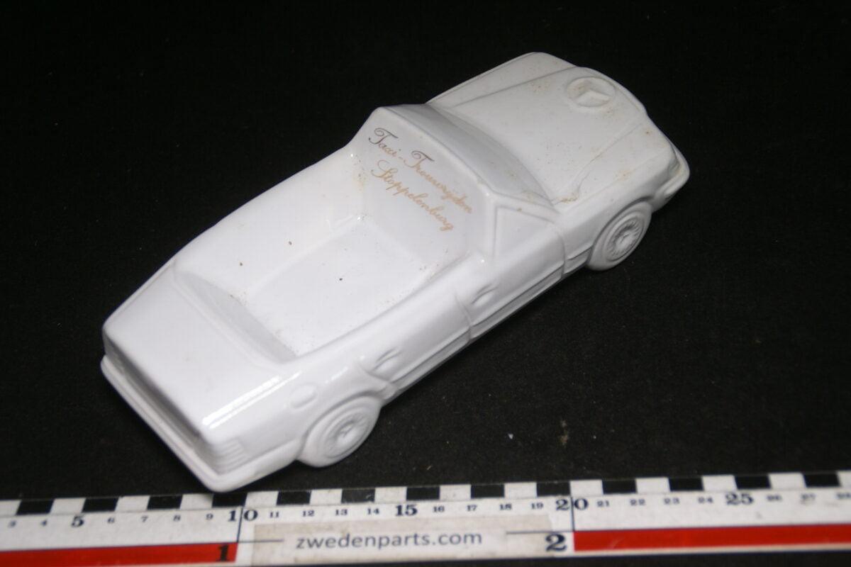 DSC06788 80 er jaren ceramische auto asbak Mercedes Stoppelenburg Krimpen aan de IJssel-de1a5dde