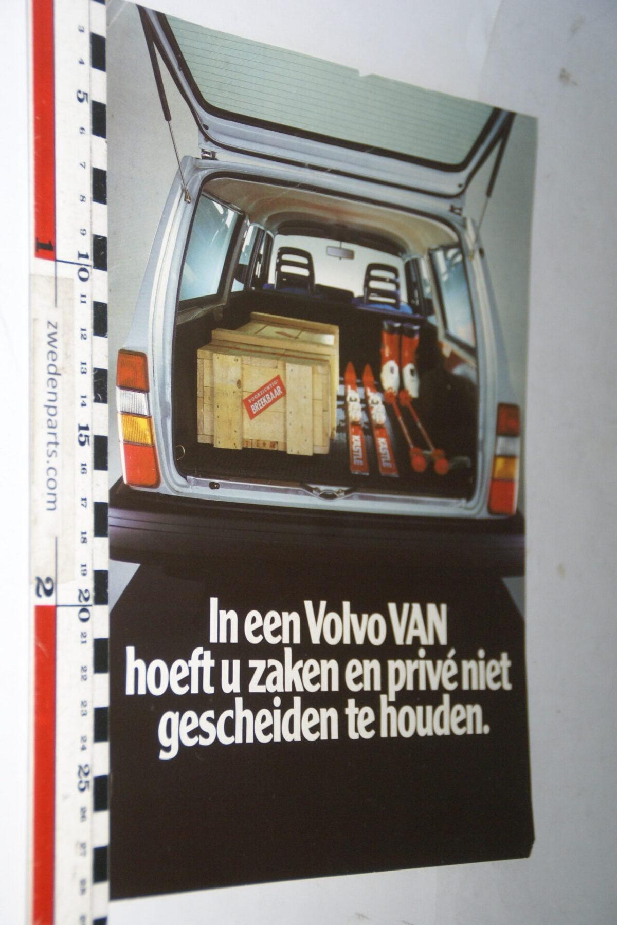 DSC07618 ca. 1984 originele brochure Volvo 245 VAN-455f6a73