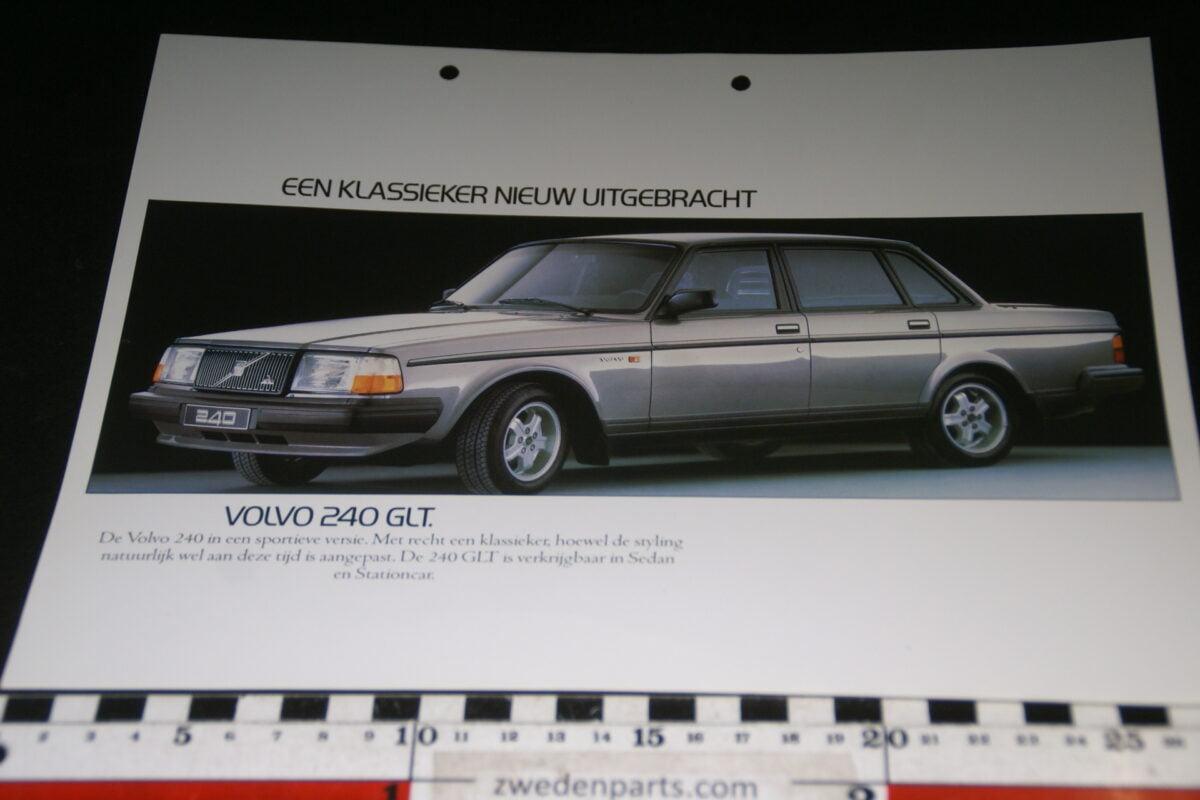 DSC07649 ca. 1982 originele brochure Volvo 244GLT-1f54eab4