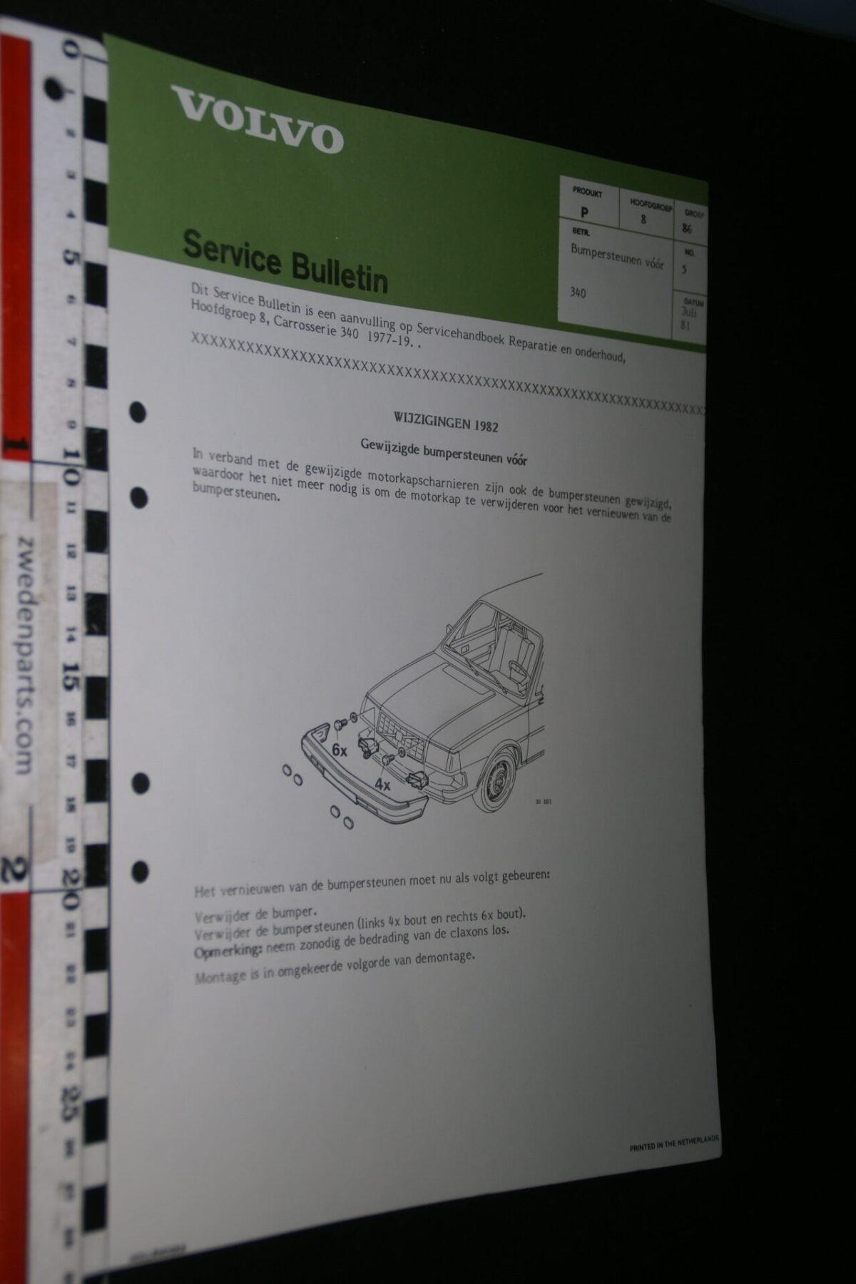 DSC07665 1981 origineel Volvo 340 werkplaatsboek servicebulletin 8-86 bumpersteunen vóór-baad5b5a
