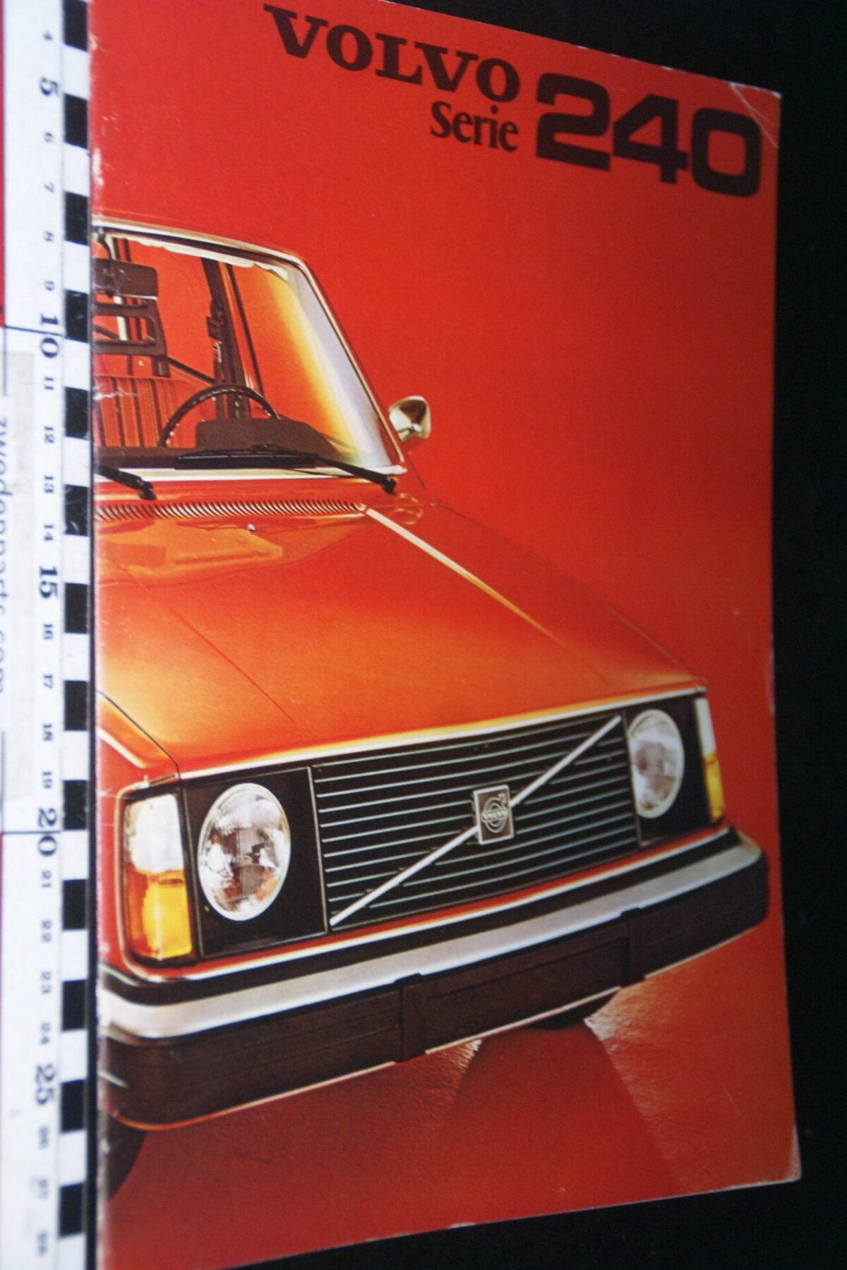 DSC07678 1975 originele brochure Volvo 242 244 245 nr RSPPV 1811-d3219af5