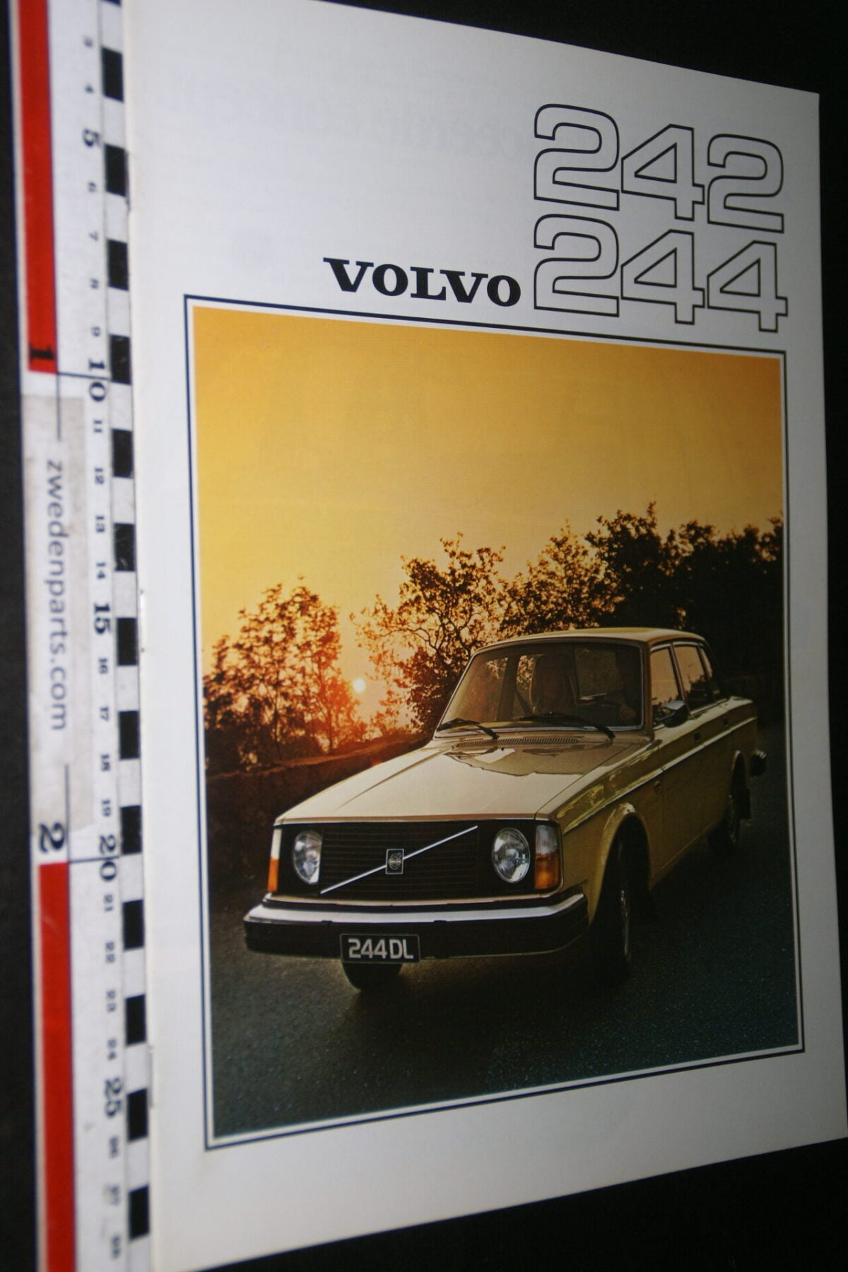 DSC07685 1976 originele brochure Volvo 242 244 nr RSPPV 2612-2-91b64a0e