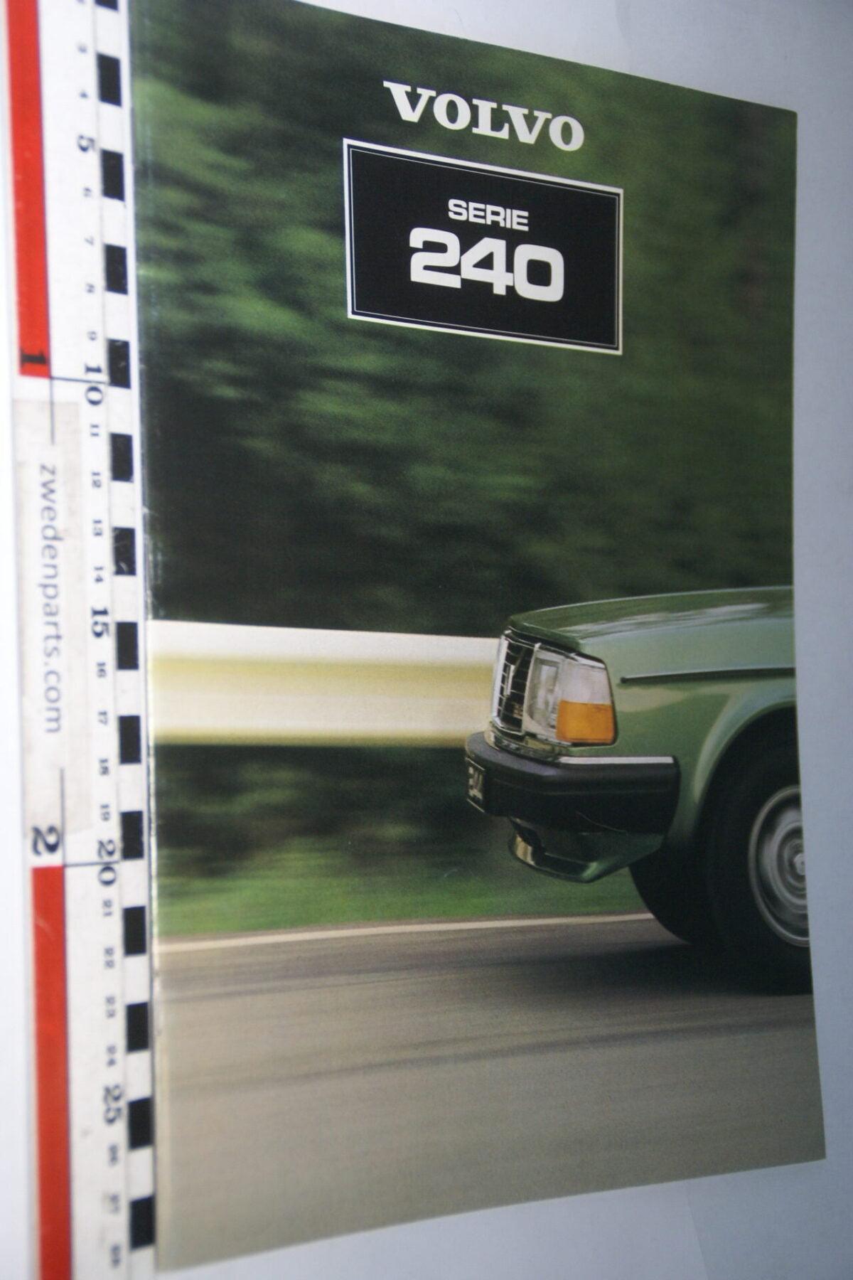 DSC07715 1981 originele brochure Volvo 244 245 nr ASPPV 8533-1524c24e