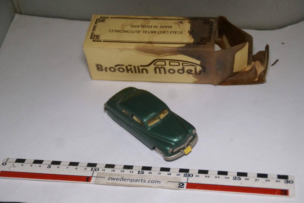 DSC08026 1949 miniatuur Brooklin Models Mercury 2 door coupé groen 1op43 nr BRK 15 mint-a0079df2