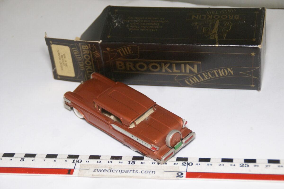 DSC08042 1957 miniatuur Brooklin Models Mercury Turnpike Cruiser roodbruin 1op43 nr BRK 28 MB-2e673a26