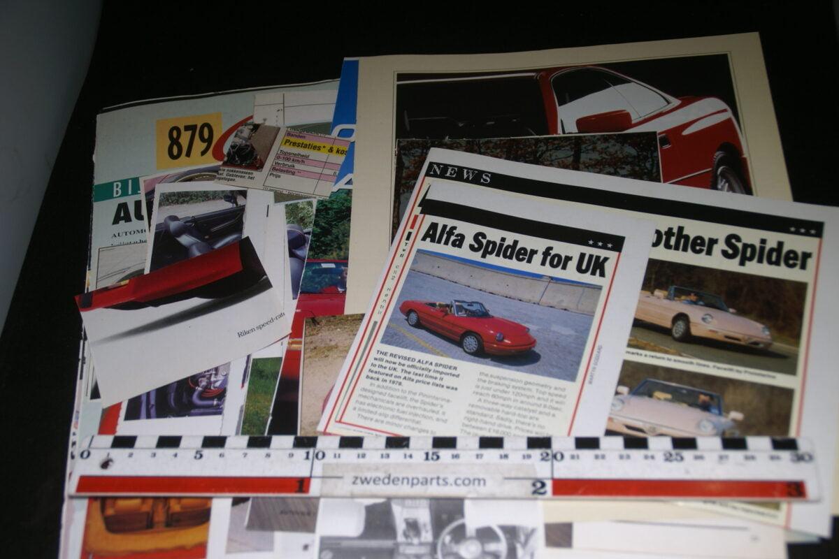 DSC08420 ca. 1990 map met tijdschrift artikelen van Alfa Romeo Spider-0e5cdeae