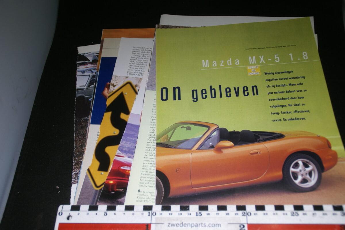 DSC08430 ca 1991 map met tijdschrift artikelen van Mazda MX5 Miata-46e89b5e